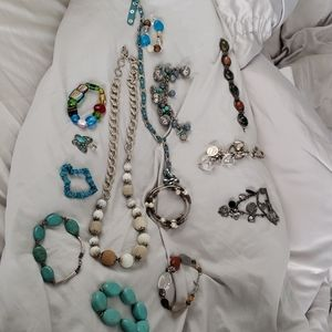 14 pieces costume jewelry